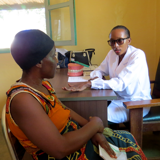 Refugee doctor now serving the refugee and host community in Mozambican refugee camp